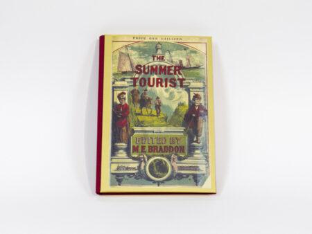 Vista de la portada del libro The summer tourist