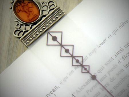 Vista general del marca-páginas en bronce y cristal de Murano